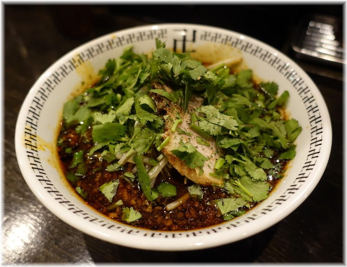 卍力 スパイス・パクチーラー麺