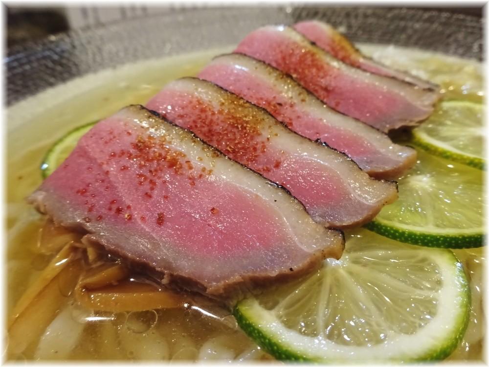 麺や庄の フォアグラ丼と鴨酢橘そばの鴨肉
