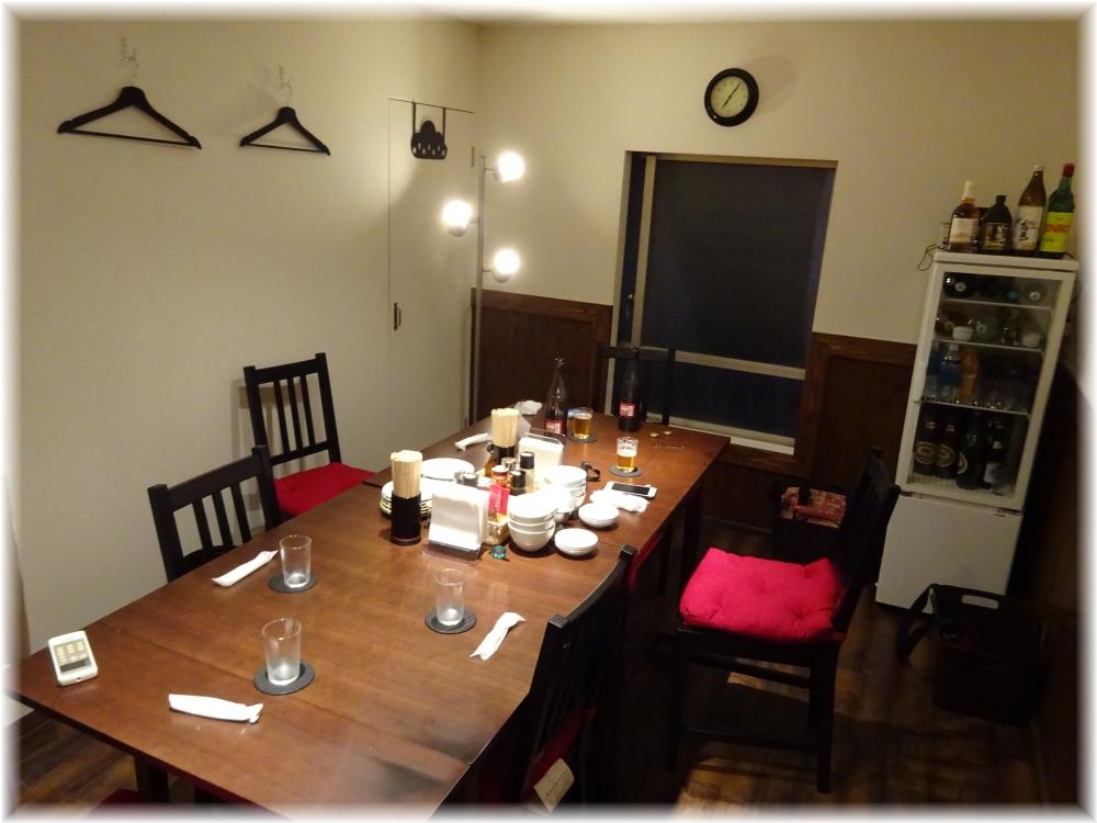 新福菜館 お二階隠れ 部屋