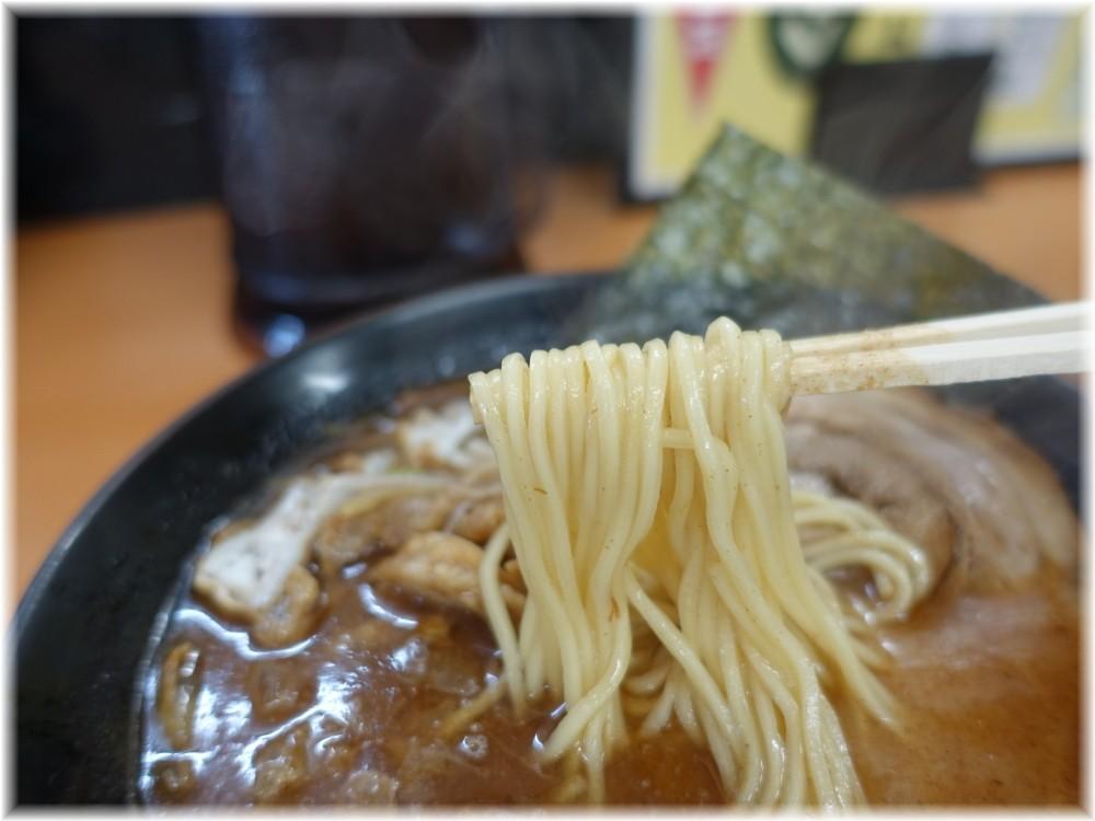 くりの木上尾店 かすそばの麺