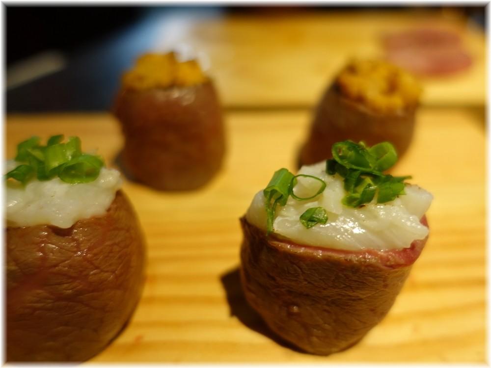 晩翠3 えんがわの肉寿司