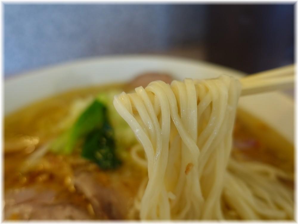 ラー麺こしがや 塩ネギチャーシューメンの麺