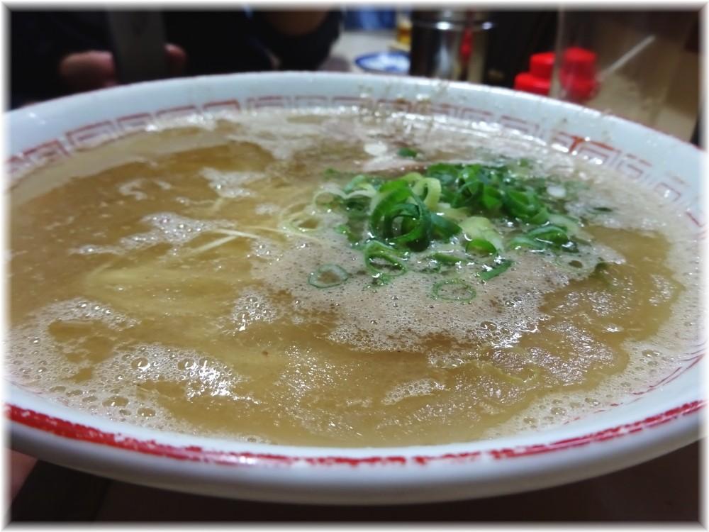 八ちゃんラーメン3 ラーメンのスープ