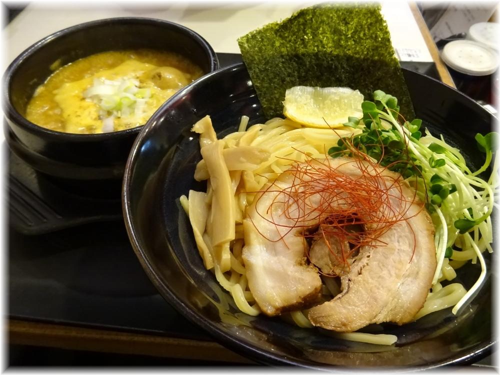 ゴル麺。横浜本店 つけ麺味玉入り