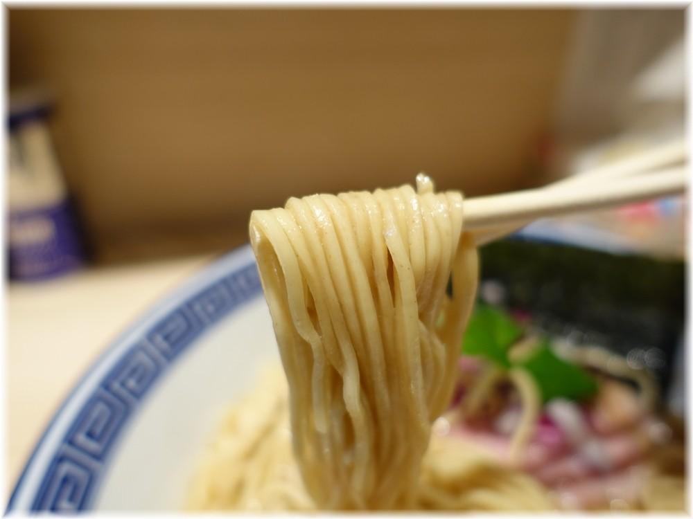 中華そば竹むら 国産アゴ煮干しそばの麺