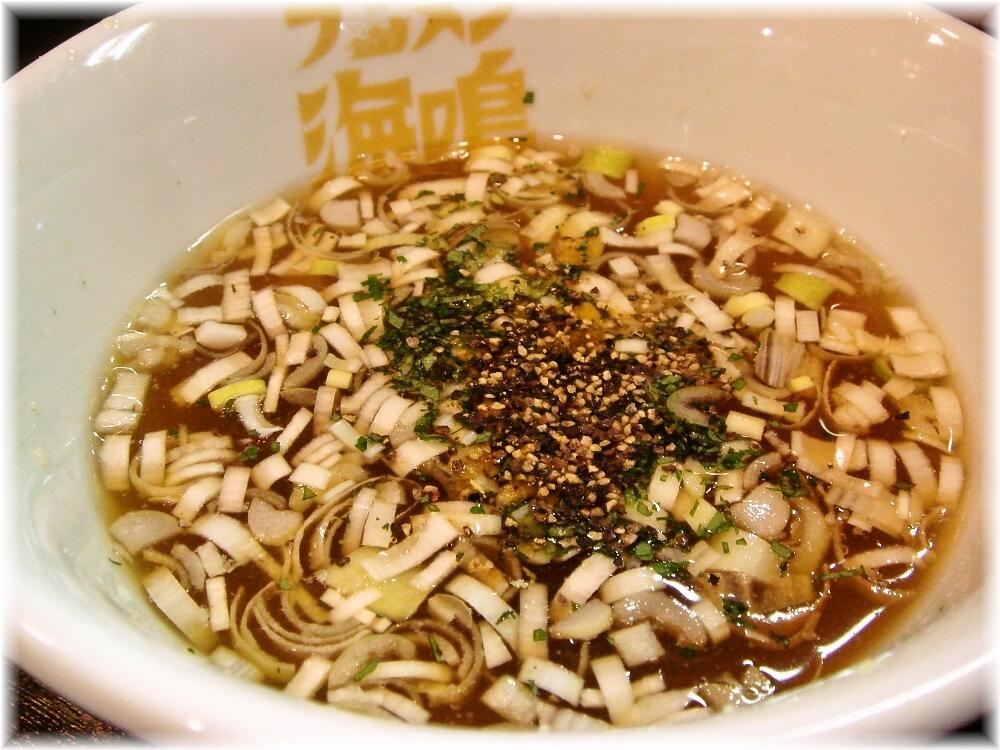 海鳴 中洲店 冷製魚介つけ麺のつけ汁