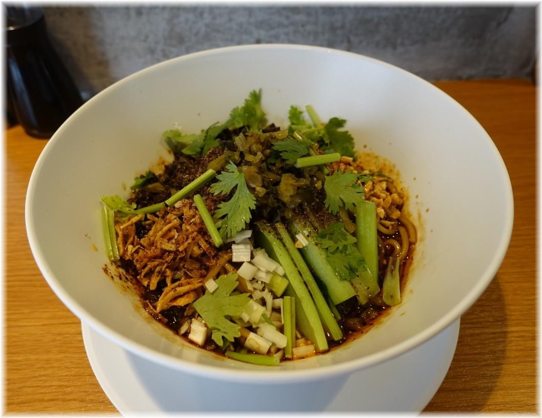 ピリリ 成都坦坦麺