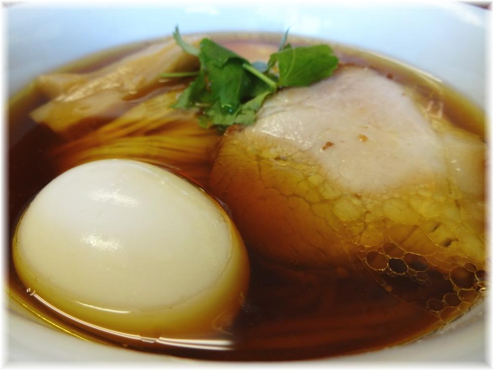 飯田商店3 醤油らぁ麺の具
