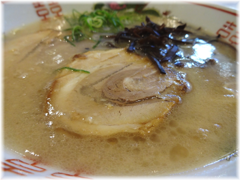 博多だるまJAPAN ラーメンのスープ