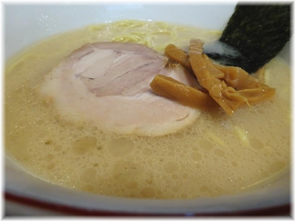 百歩ラーメン 百歩ラーメンのスープ