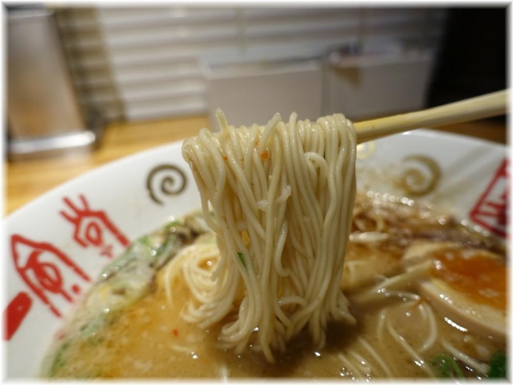 一風堂大名本店 元祖赤丸新味の麺