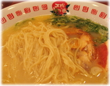 太陽のトマト麺 新お茶の水支店 鶏パイタン麺の麺