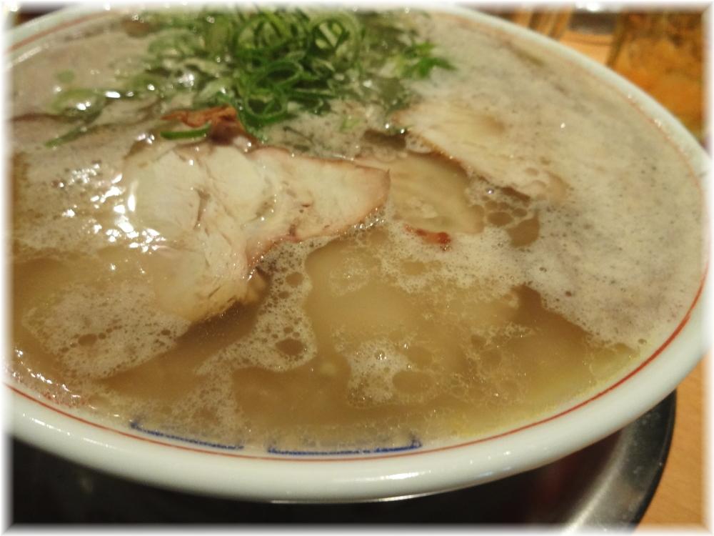 秀ちゃんラーメン赤坂 ラーメンのスープ