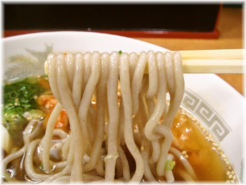 六盛 冷麺の麺