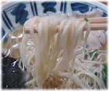 山んラーメン とりがらラーメンの麺
