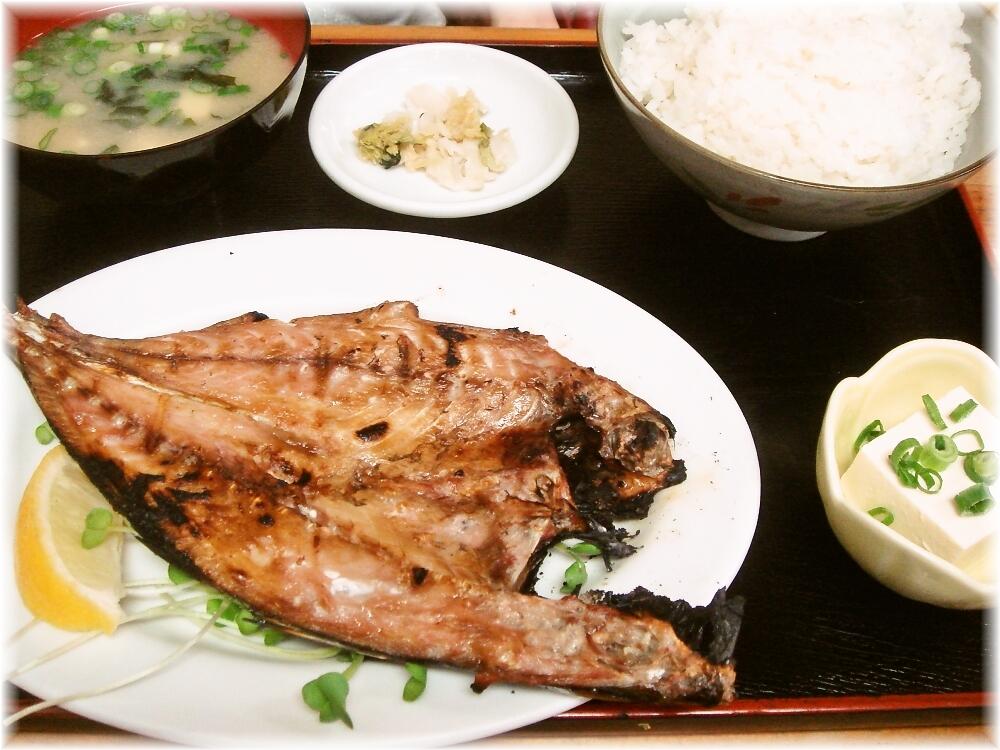 どんどん餃子 焼き魚定食