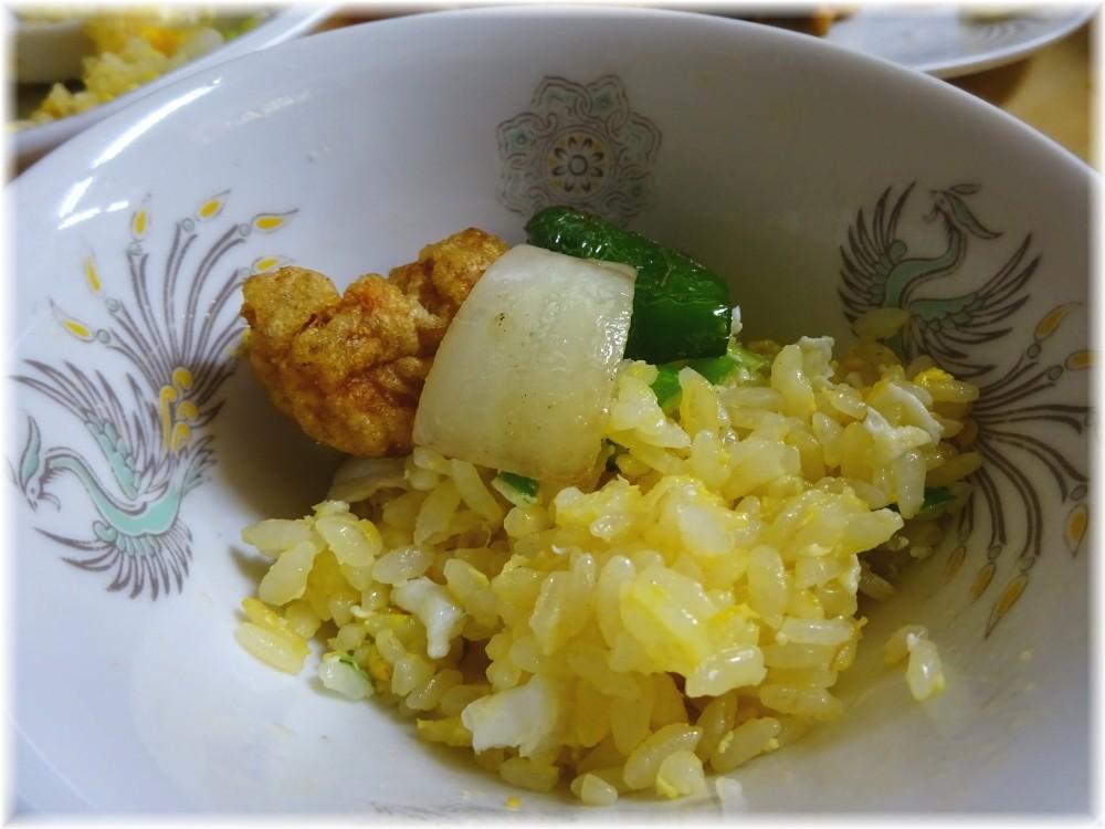 兆徳 玉子チャーハンon若鶏の山椒風味唐揚げ
