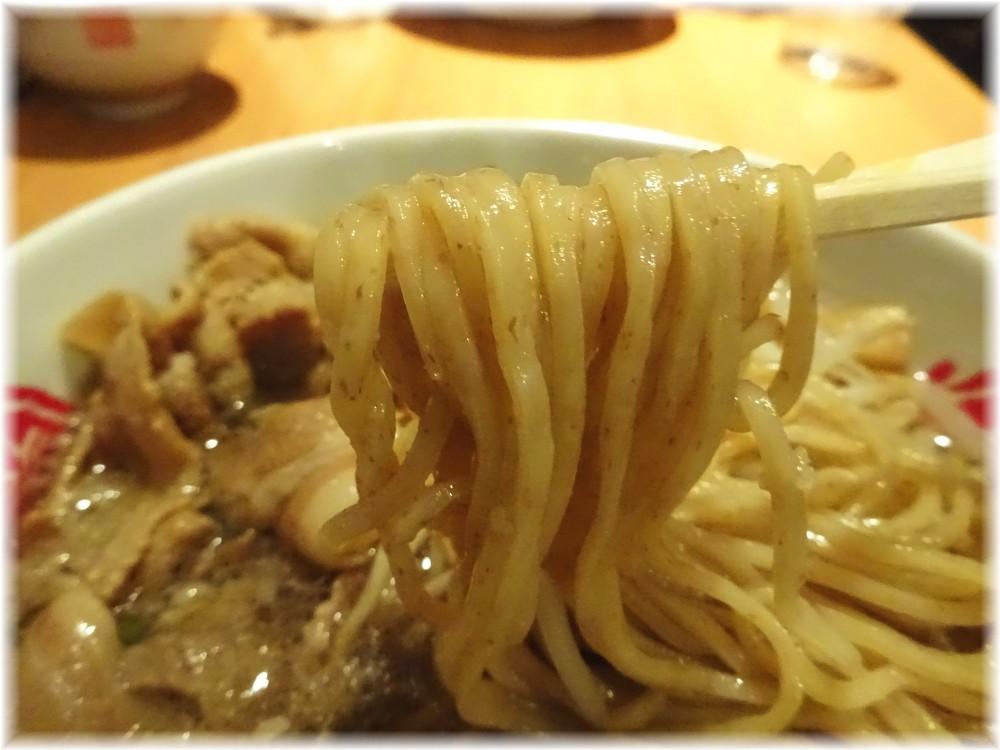 徳福 肉そばの麺