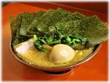 吉村家 チャーシューメン、海苔増し、味玉