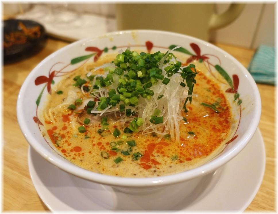 大喜10 特製担々麺