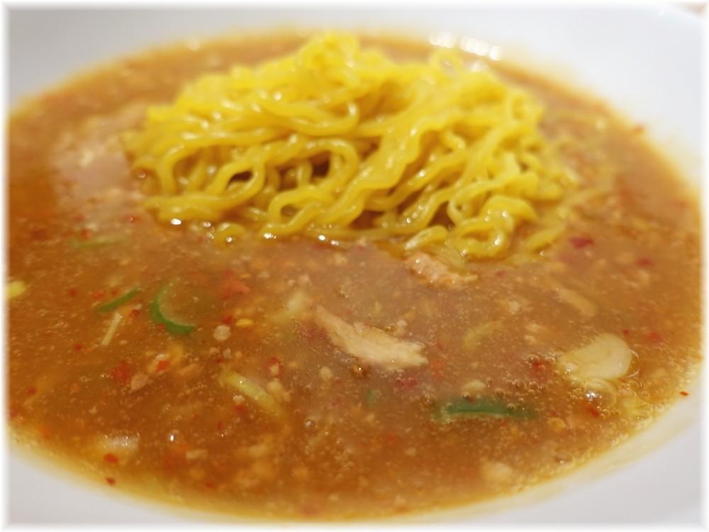 小田原タンタン麺たかみ 特製タンタン麺のスープ