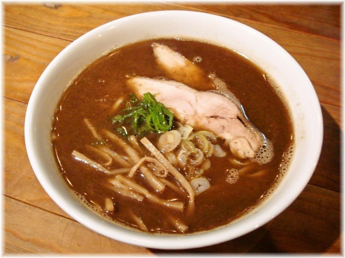 Ozy's Dining 魚魚 焦がし追い煮干しラーメン(醤油)