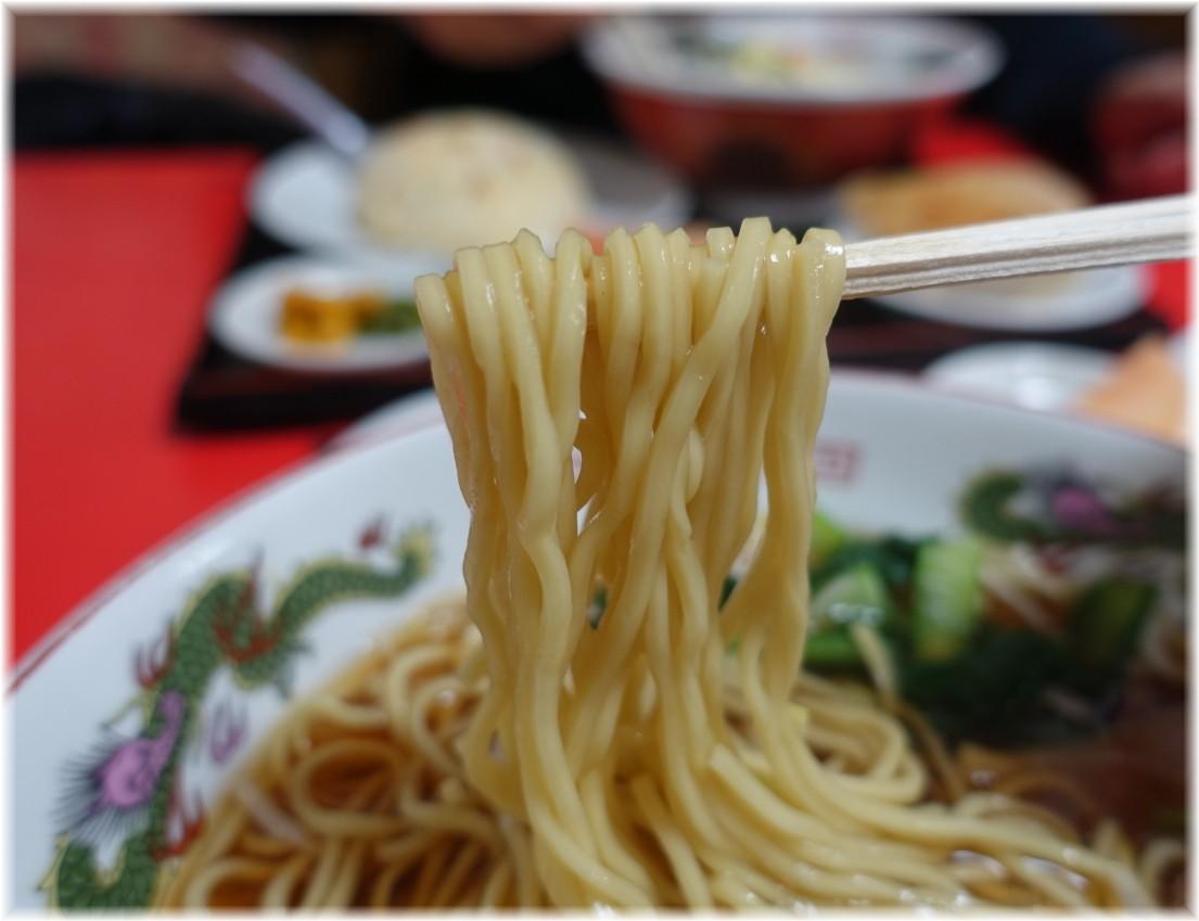中国家庭料理大連 ラーメンの麺