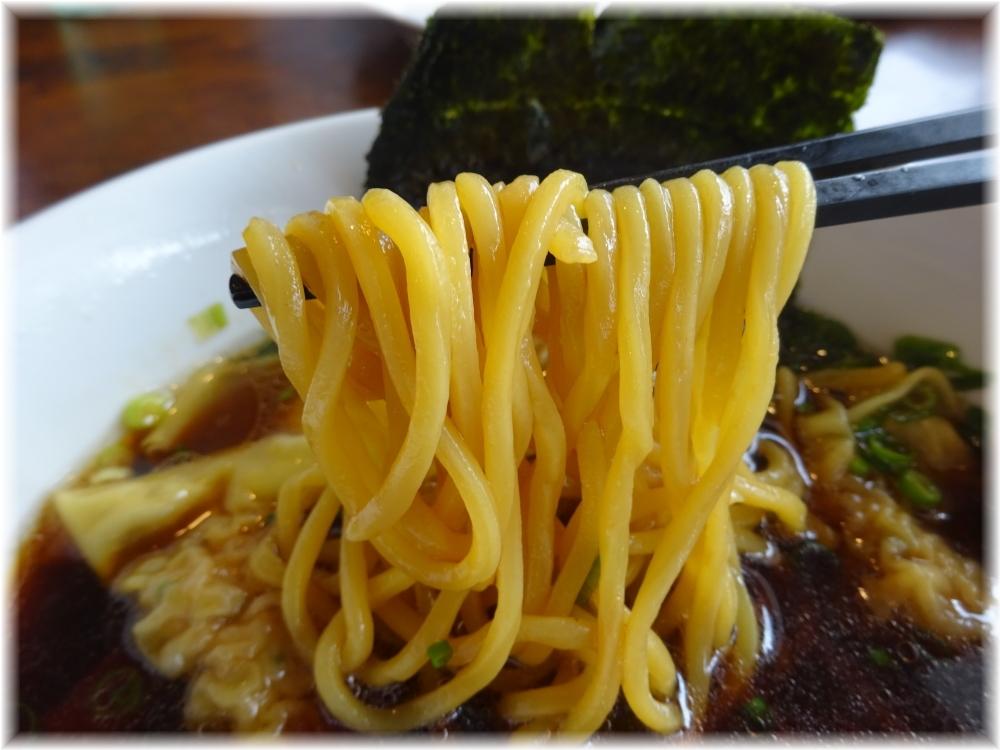 湘南食堂 ワンタンメンの麺