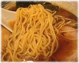 中田兄弟 味玉らーめん(醤油)の麺