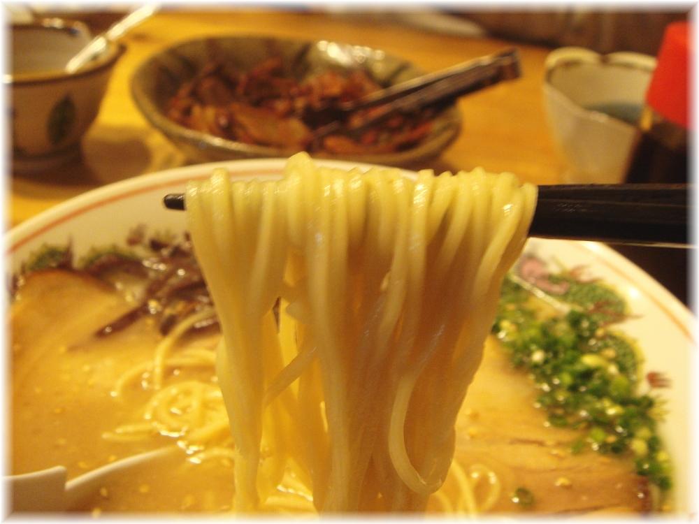 呉朝明 ラーメンの麺