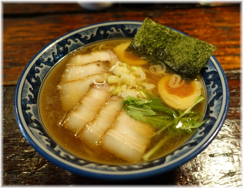 隠國2 バラ肉チャーシュー麺