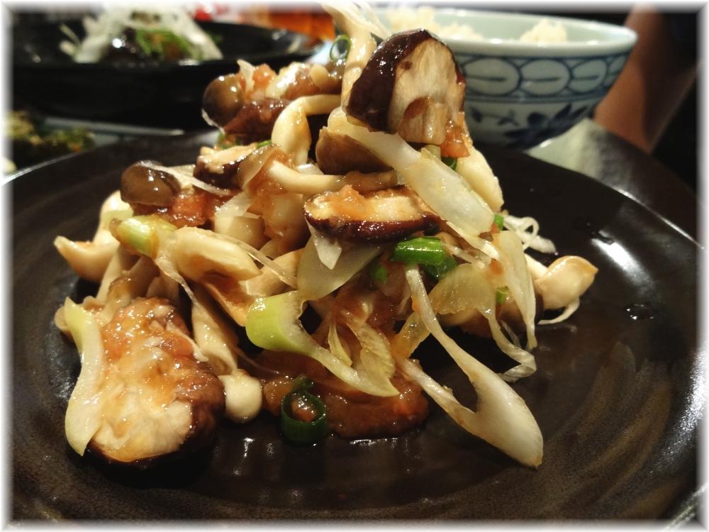 金町製麺3 きのこの梅おろしポン酢和え