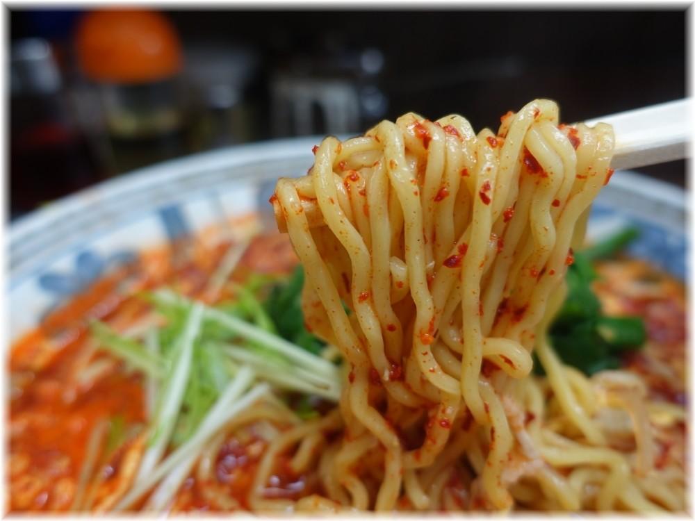 南ばん亭 南ばん麺ニラ入りの麺