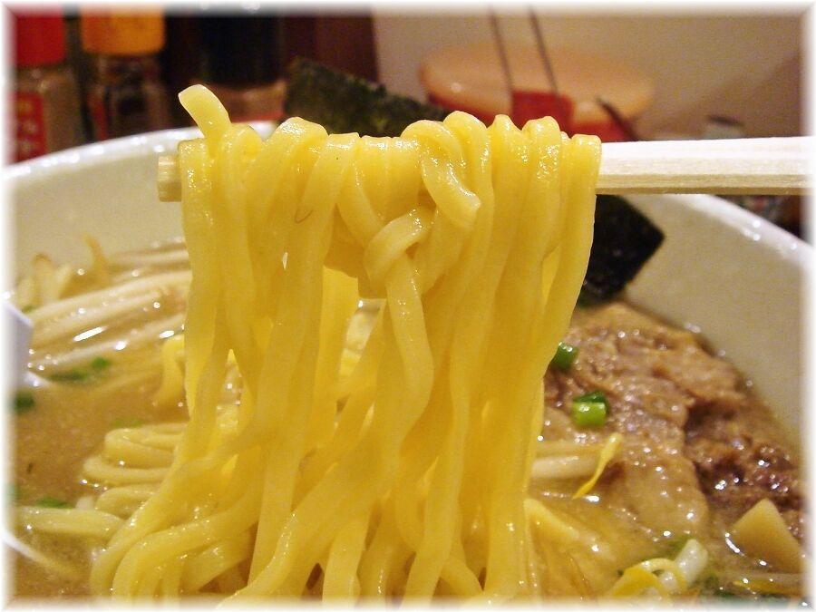麺たぁじぃ〜 らぁめんの麺