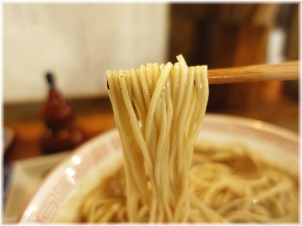 倫道 中華そば(鯵)の麺