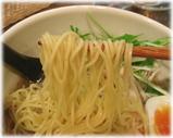 pour cafe(プルーカフェ)中目黒店 鶏そばの麺
