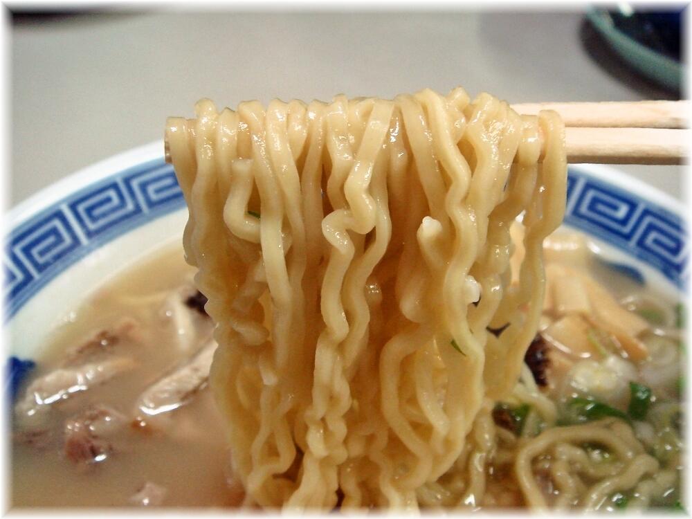 南京千両五差路店 ラーメンの麺