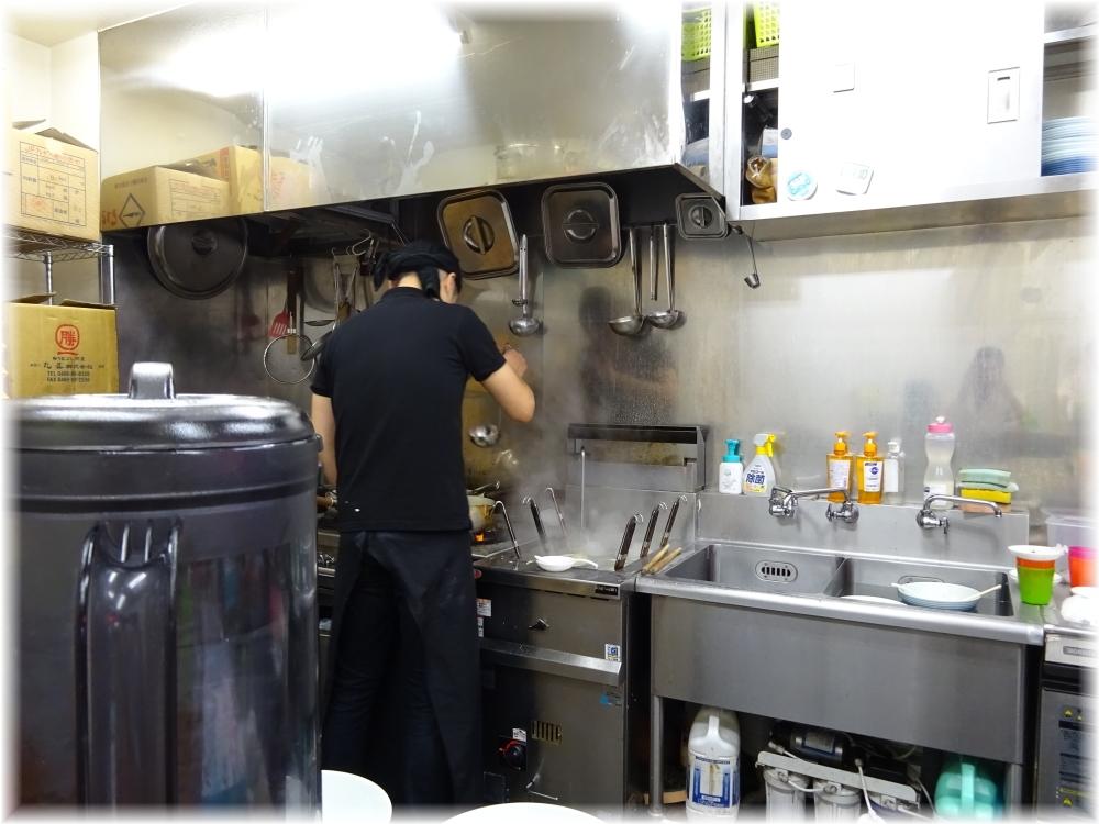 らぁめん夢3 厨房