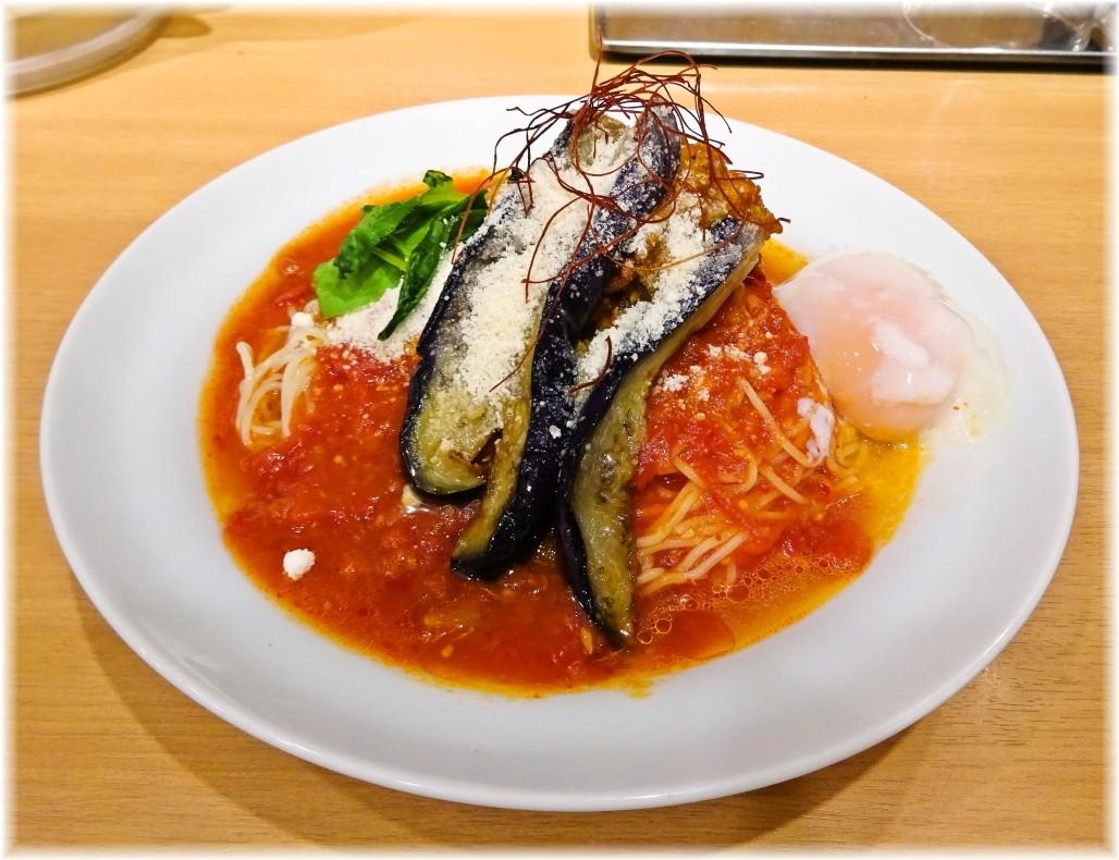 太陽のトマト麺三田店2 茄子と挽肉のアラビアータ冷麺