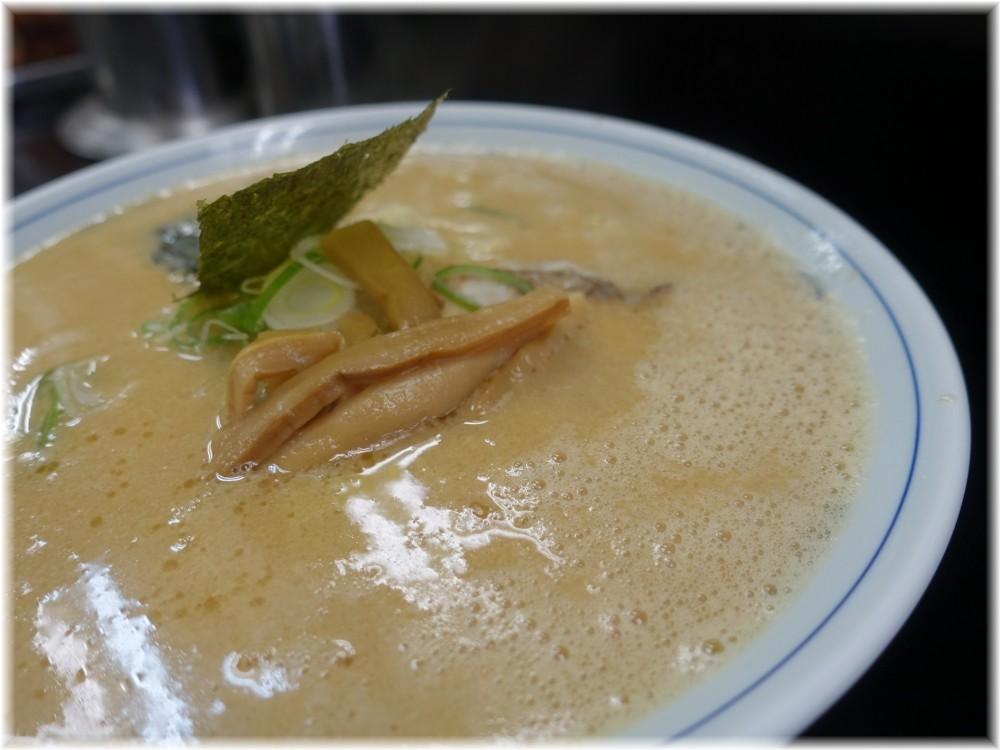 山茂登 山茂登ラーメンのスープ