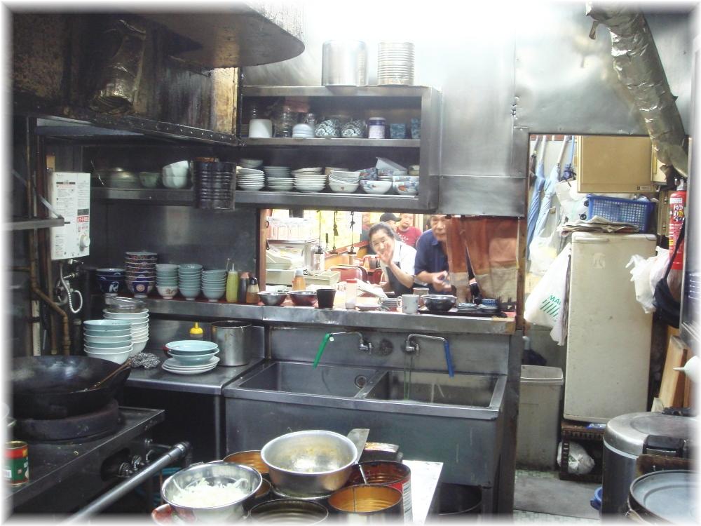 中華料理日の出 厨房からBBAw
