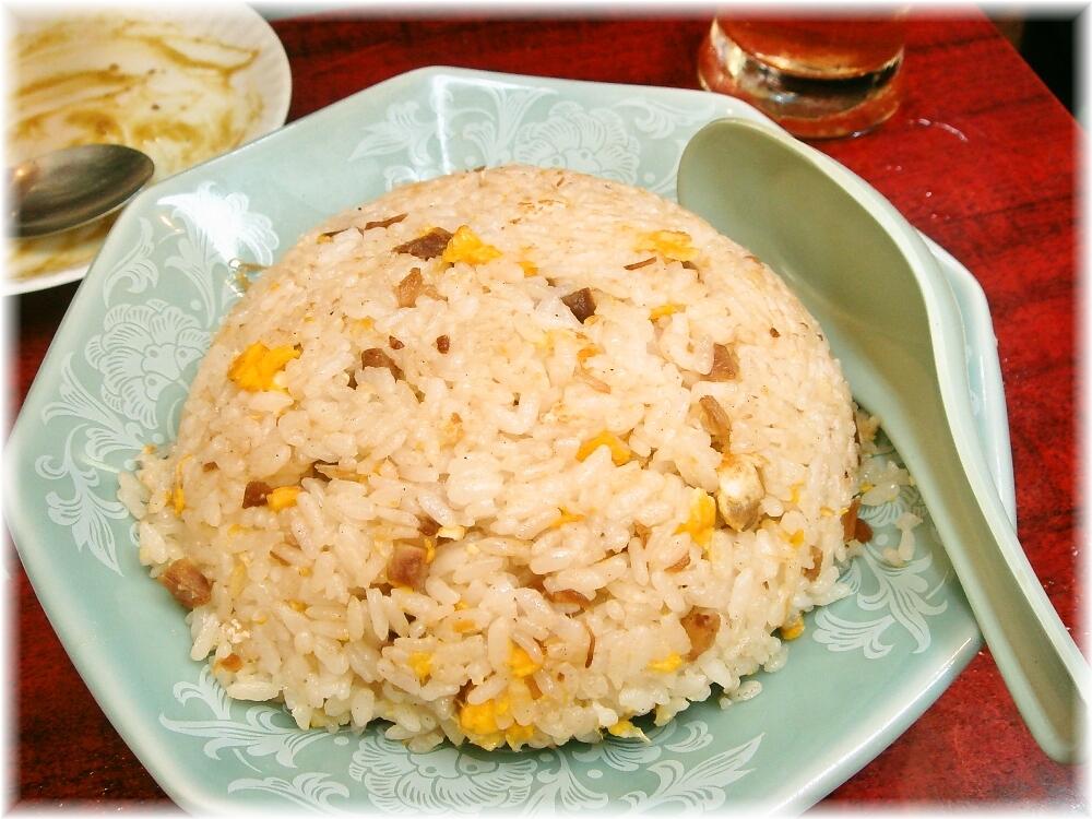 中華料理日の出 チャーハン