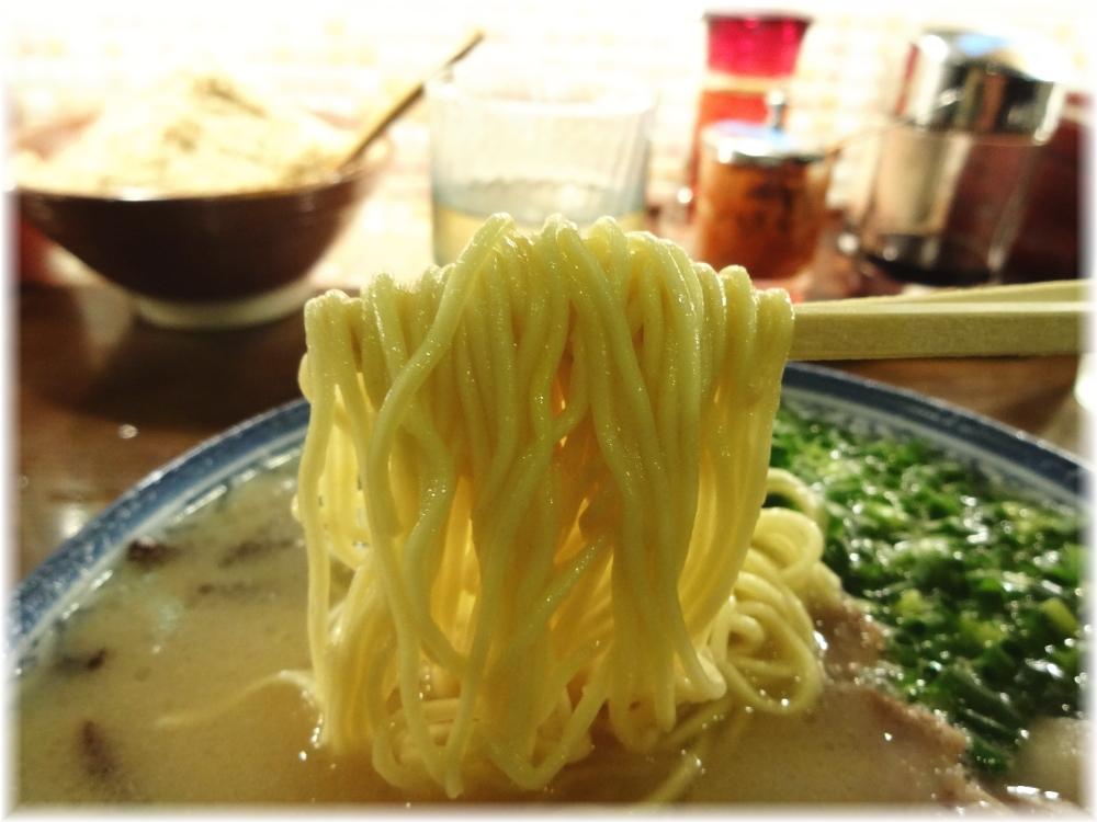 しばらく日本橋店 らーめんの麺