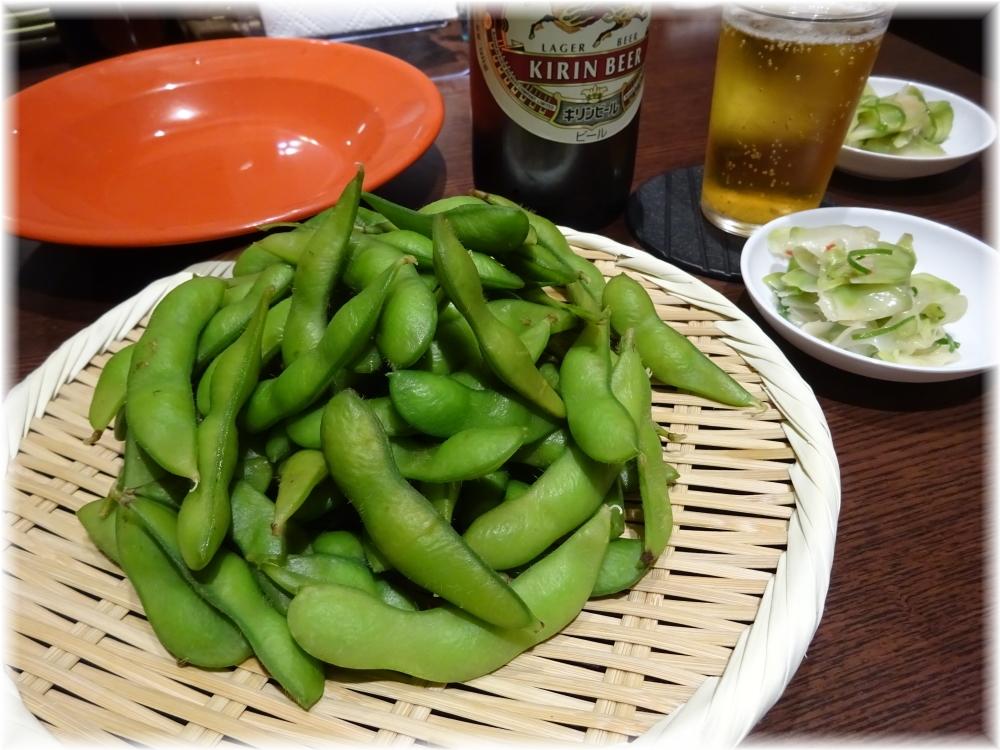 新福菜館 お二階隠れ 枝豆とザーサイ