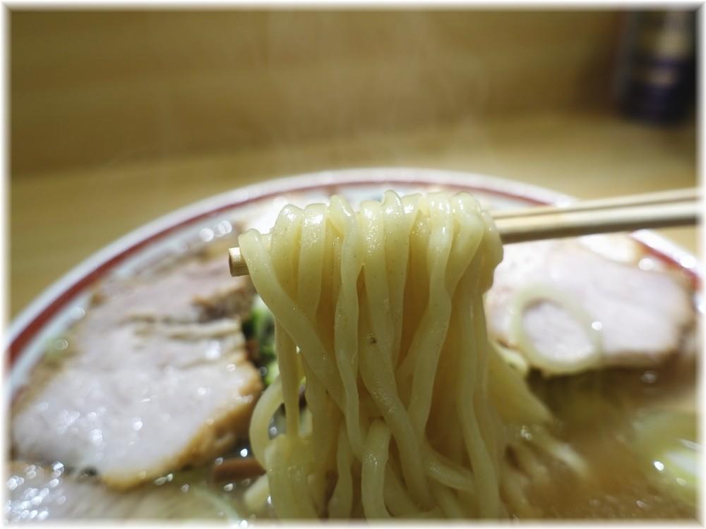 田中そば店新橋店2 肉そばの麺