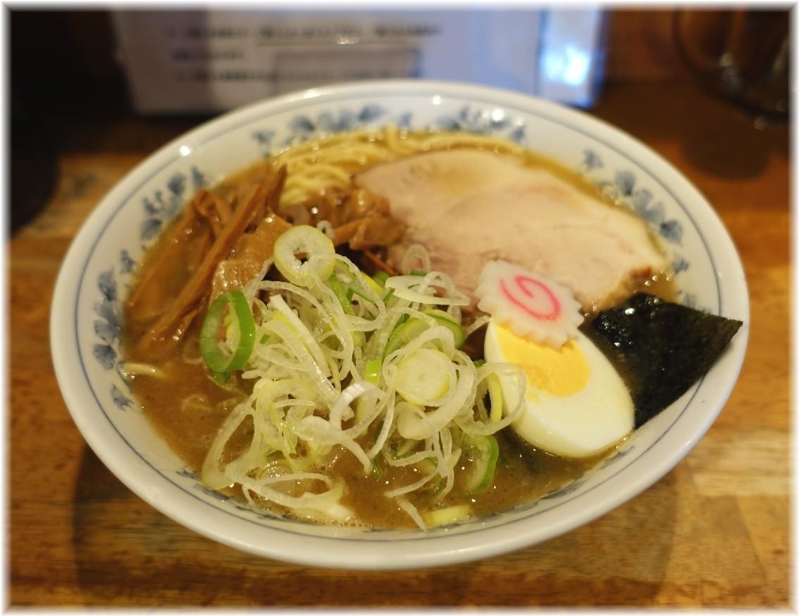 大勝軒DEBARI 中華そば(麺少なめ)