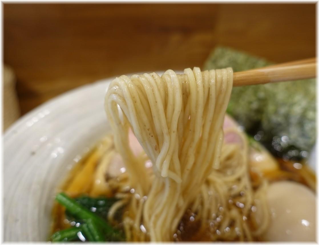 中華そばきなり 味玉醤油そばの麺
