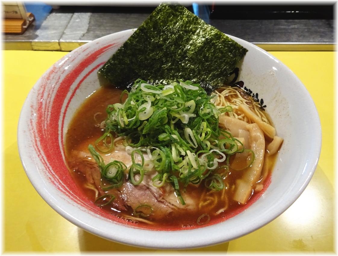 らーめん研究所 4番(鶏豚魚介)