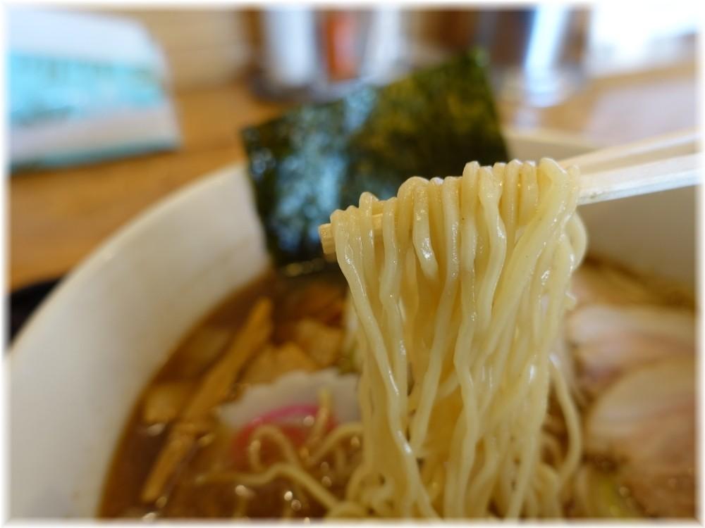 タナカ90 中華そば(小盛)の麺
