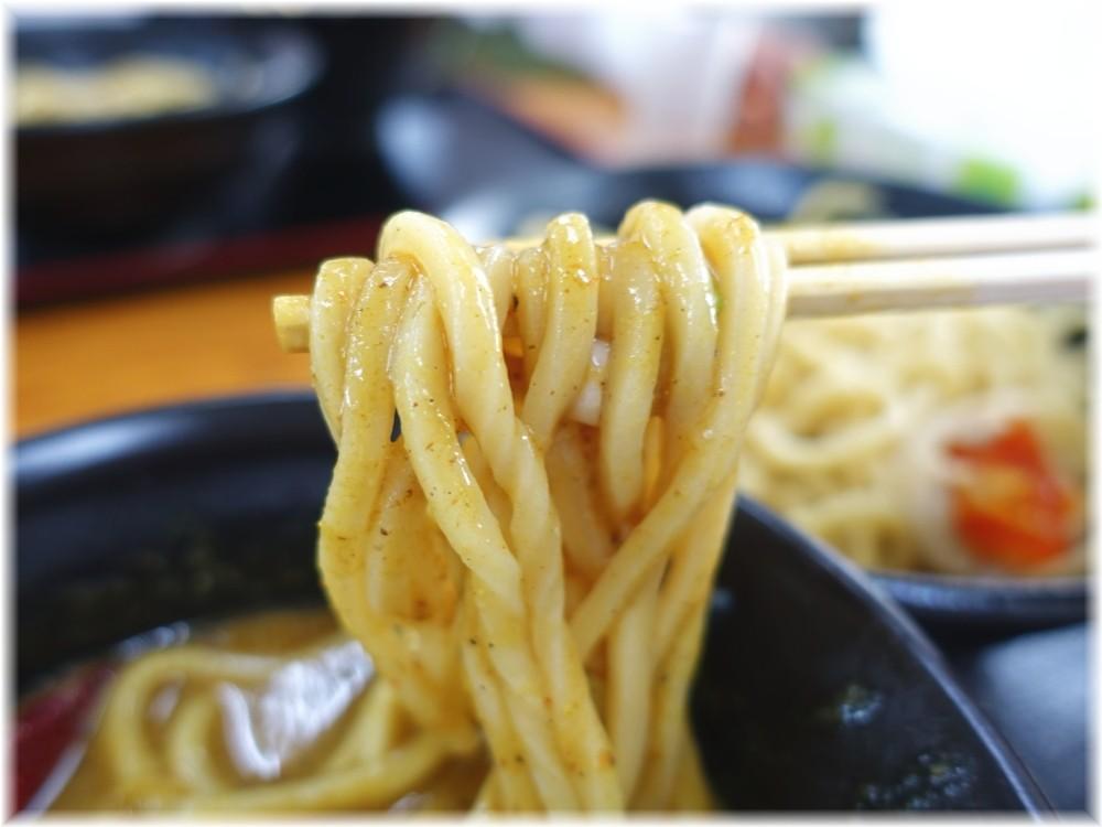 福は内 カレつけ(中)の麺2